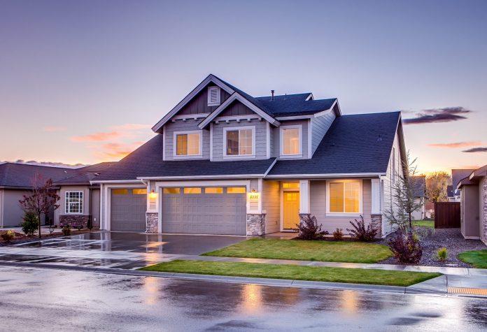 dvojposchodovy-dvojpodlazny-dom-strecha-okna-cena-pozemku