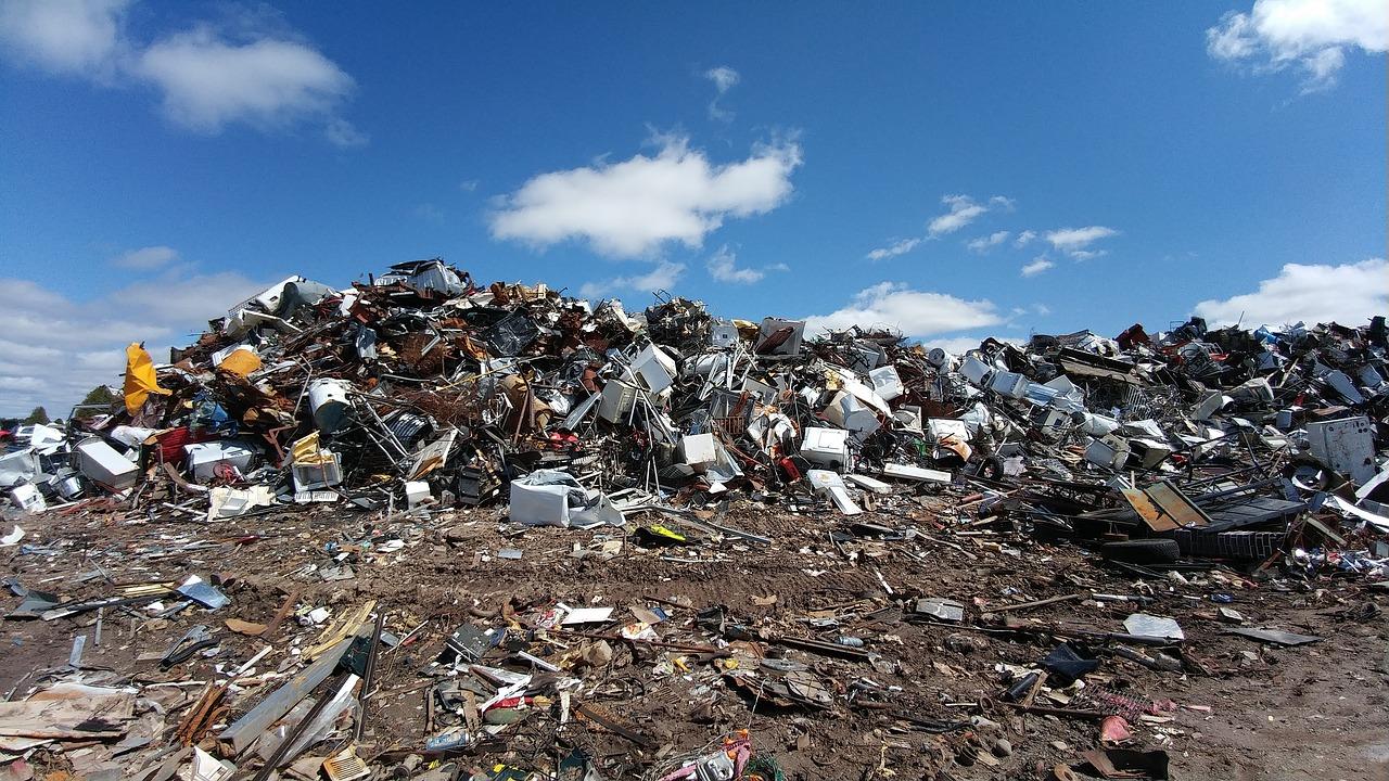 odpad-recyklacia-zberny-dvor-stavebny-odpad-smetisko