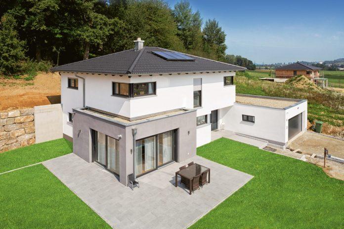 dom-navrh-nakres-trava-dvor-plot-strecha-komin-okna-pozemok-novostavba