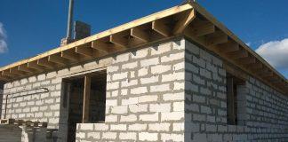 dom-stavba-novostavba-zateplenie-dvere-okna